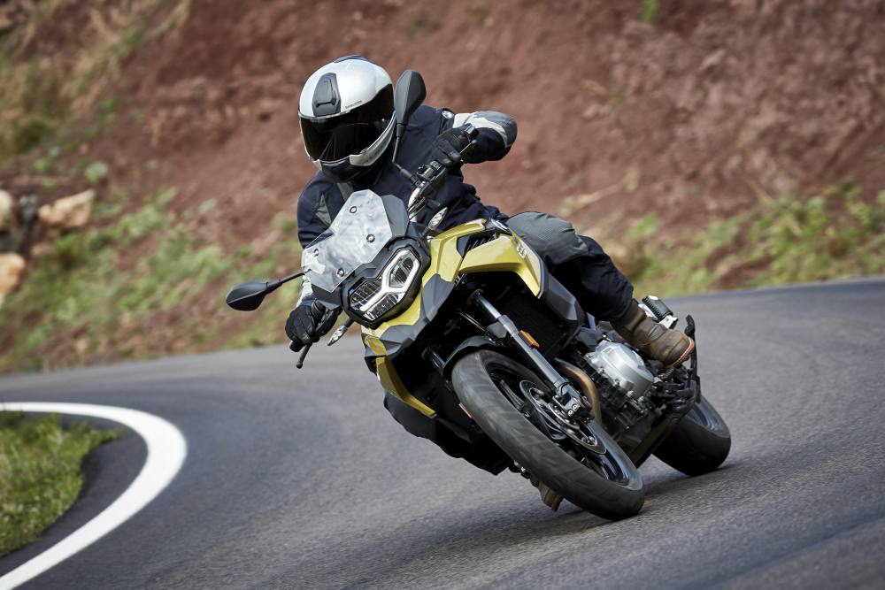 bmw-f750gs-act-01