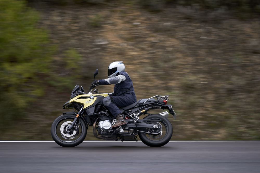 bmw-f750gs-act-05