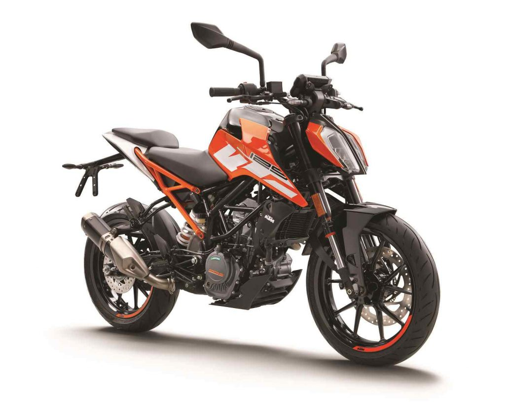 ktm_125_duke_orange_ri_front_0.jpg