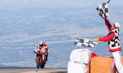 Pikes Peak International Hill Climb: 750cc &emdash; 3 Erik Dunshee - RB_6372