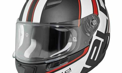 held_by_schuberth_1_0.jpg