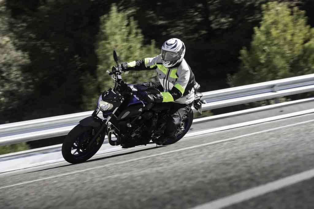 Prueba Yamaha MT-07 2018