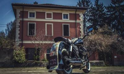 Moto Guzzi Old Money