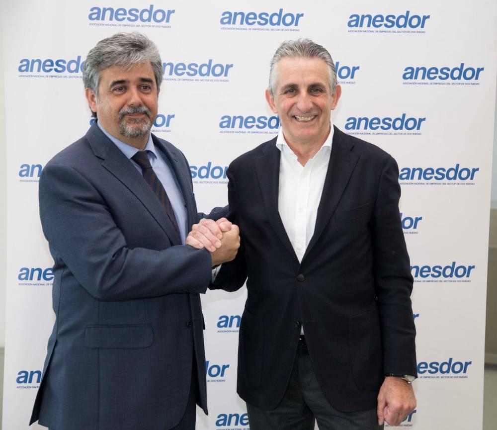 Víctor González nuevo presidente de ANESDOR