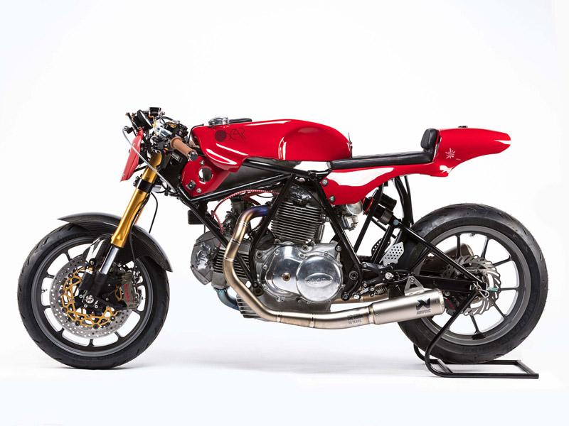 Ducati 750 Sport Alpinestars 3