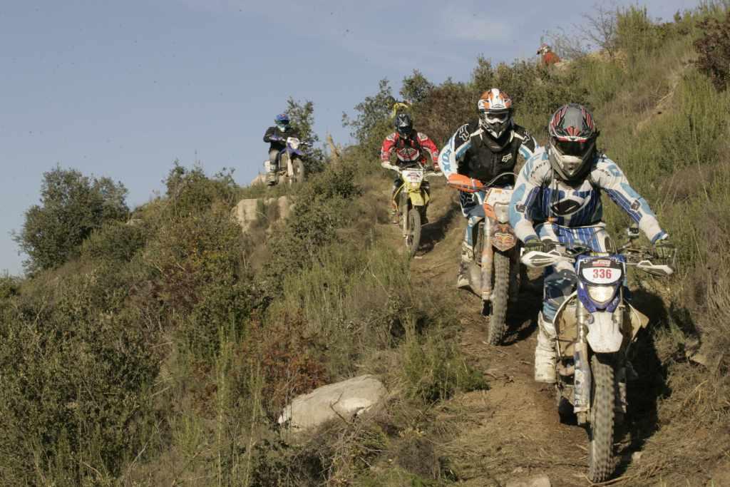 motos en los montes de La Rioja