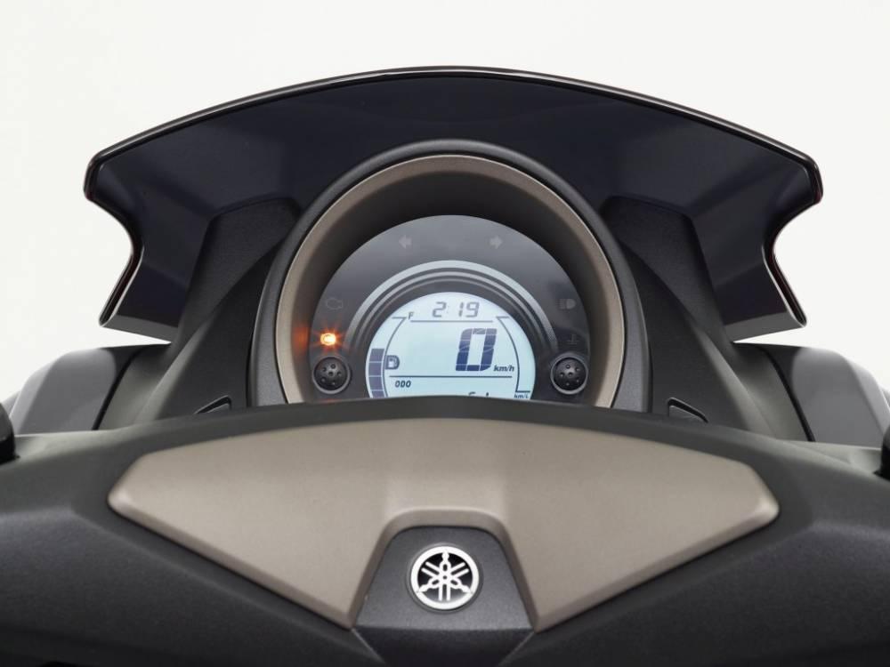 Yamaha_N-Max125_instrumentación