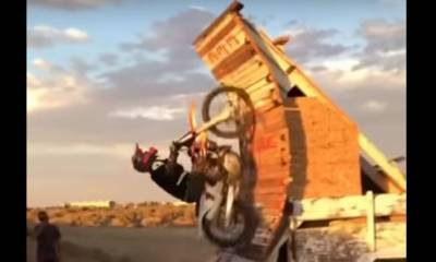 looping fallido en moto
