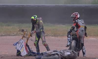 destrozar una moto