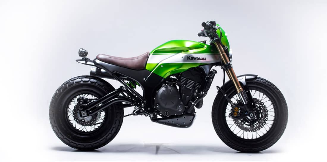 Kawasaki Twister de Smoked Garage