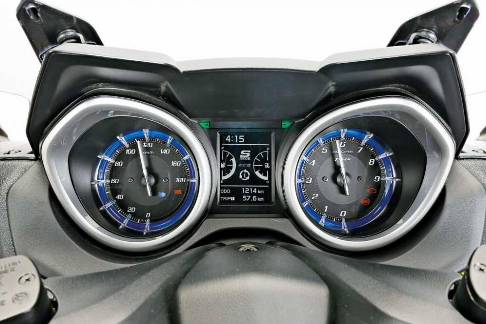 Prueba_Yamaha_TMax530_SX_Sport_Edition_10