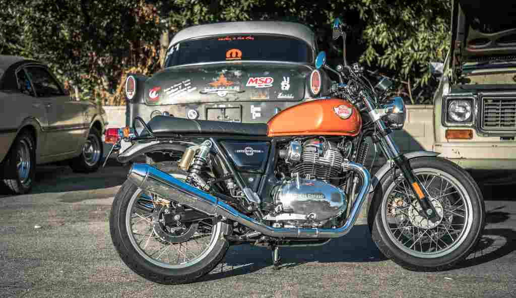 Royal Enfield Interceptor 650_5