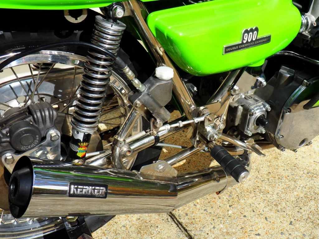 Kawasaki Rickman CR900 Cafe Racer_12