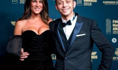 Rossi presenta su novia