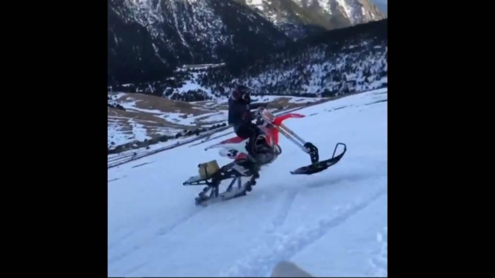 Márquez motocross nieve