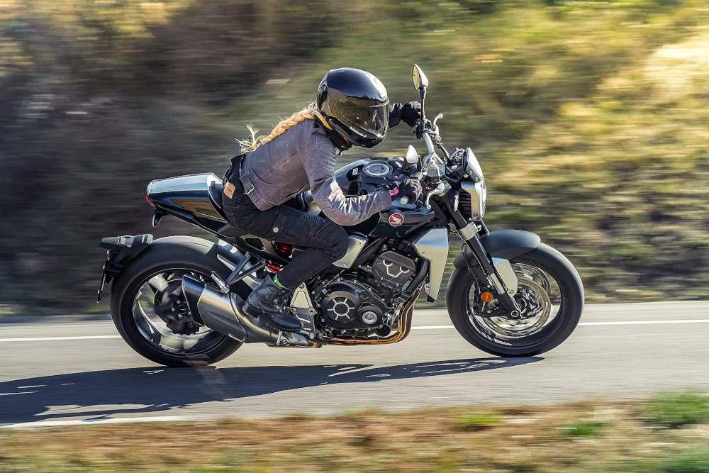 Prueba Honda CB1000R+ 2019