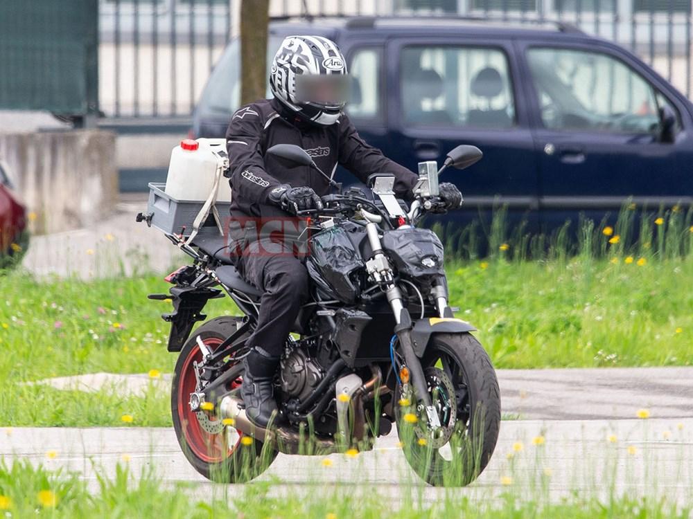 Nueva Yamaha MT-07 2021