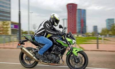 Prueba Kawasaki Z400 Performance