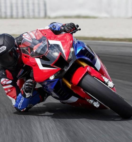Honda CBR1000RR-R fotos