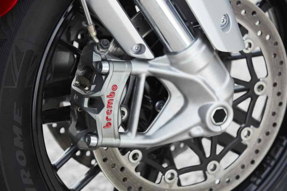 Prueba-Triumph-Rocket3-detalles_6