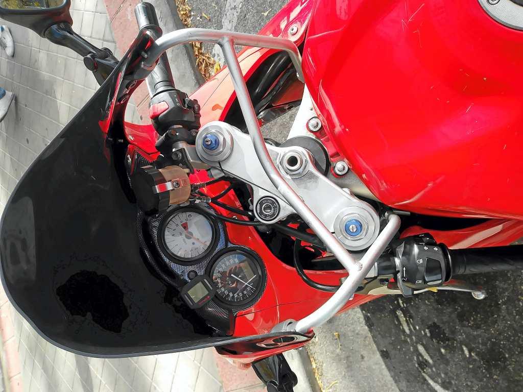 Moto-histórica-SoloMoto-Suzuk- TL1000S_12