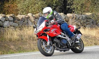 Moto histórica Suzuki TL1000S