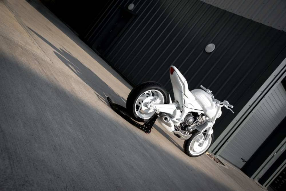 Triumph-Trident-Concept-Bike_10