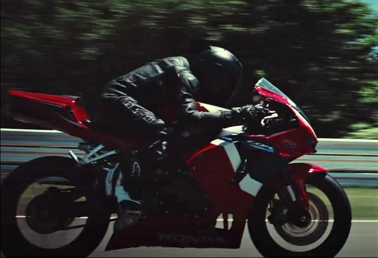 Honda CBR600RR 2021 3