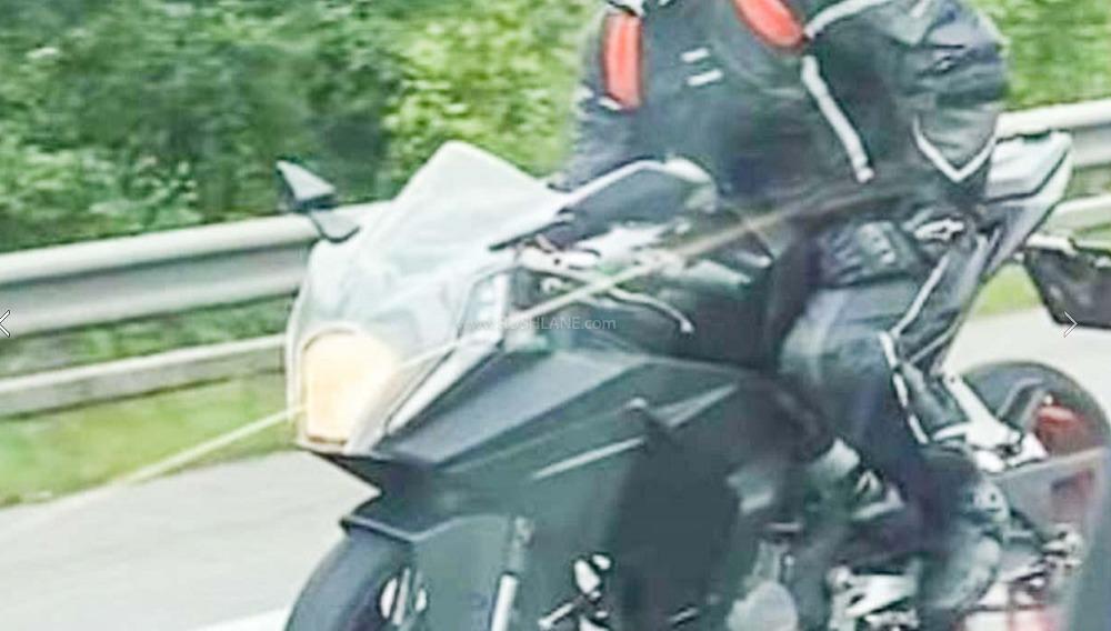 KTM RC 125 2021 2