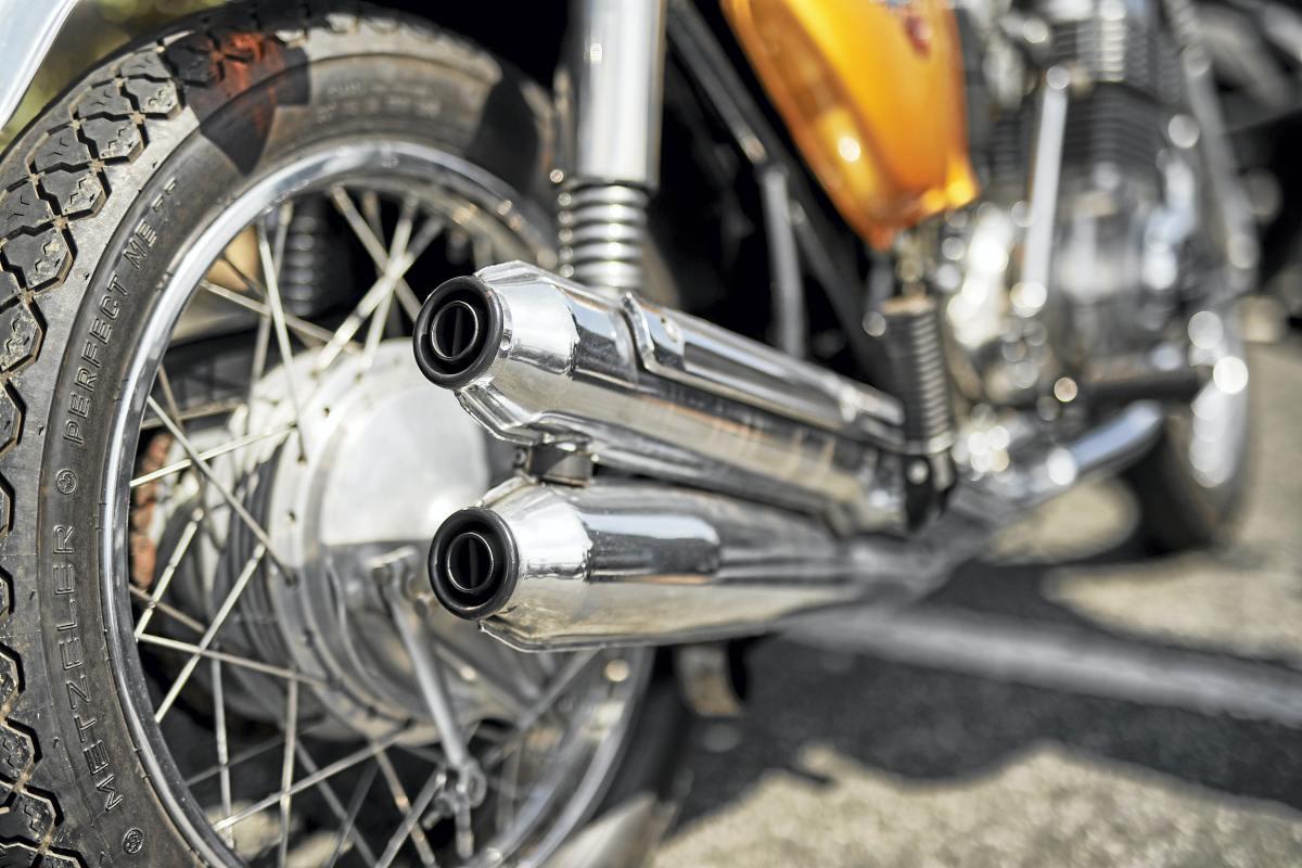 Moto-historica-Honda-CB750-Four_16