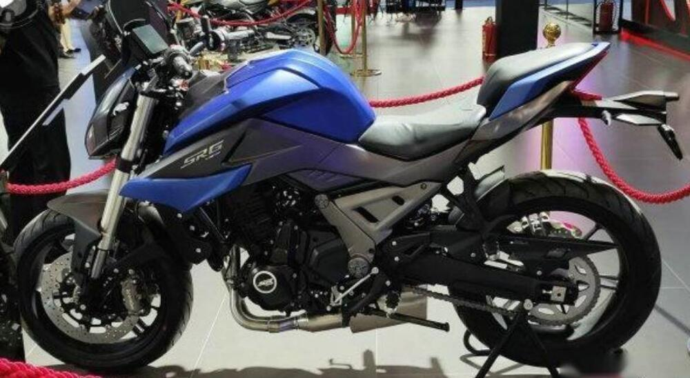 QJ-SRG700-motor-Benelli (3)
