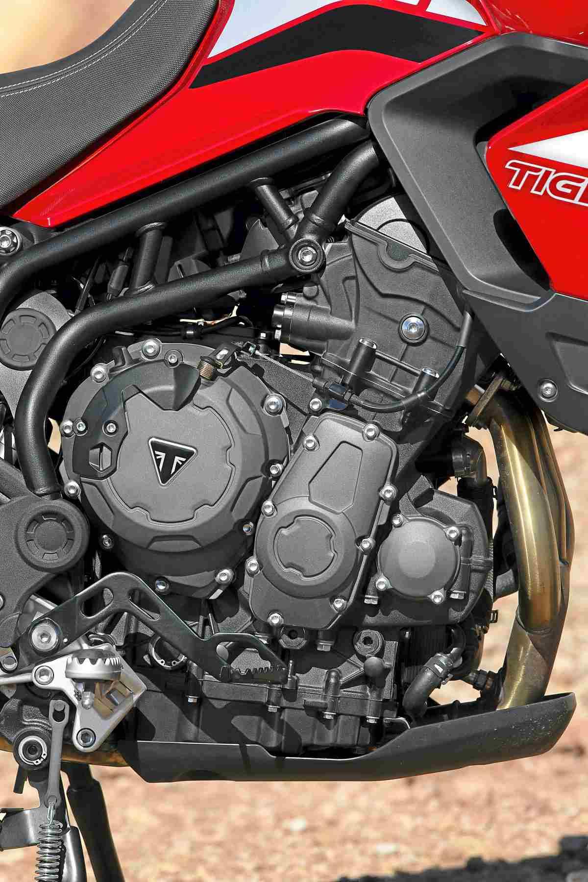 Triumph-Tiger-900-GT-Pro-detalles_1
