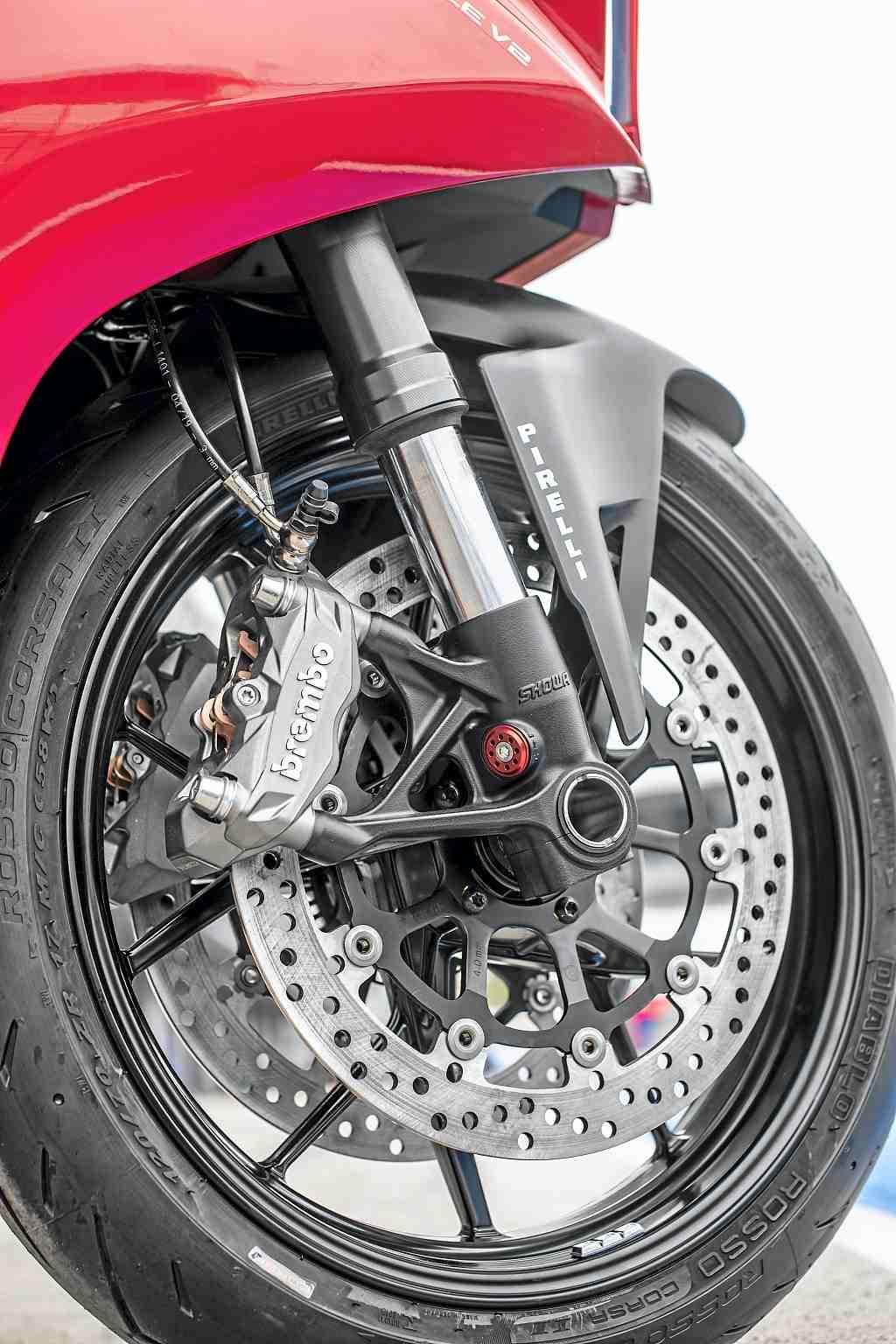 Prueba-Ducati-Panigale-V2_2