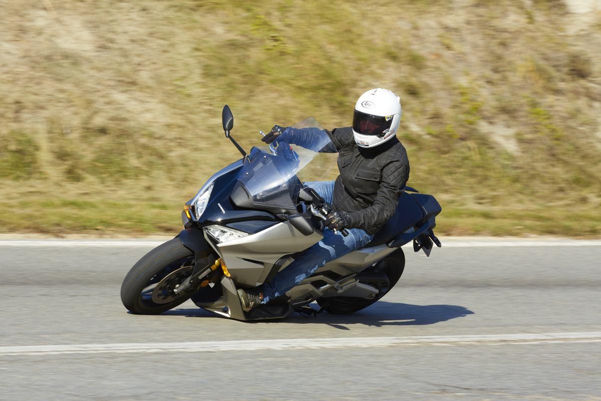 Prueba-Honda-Forza-750_2