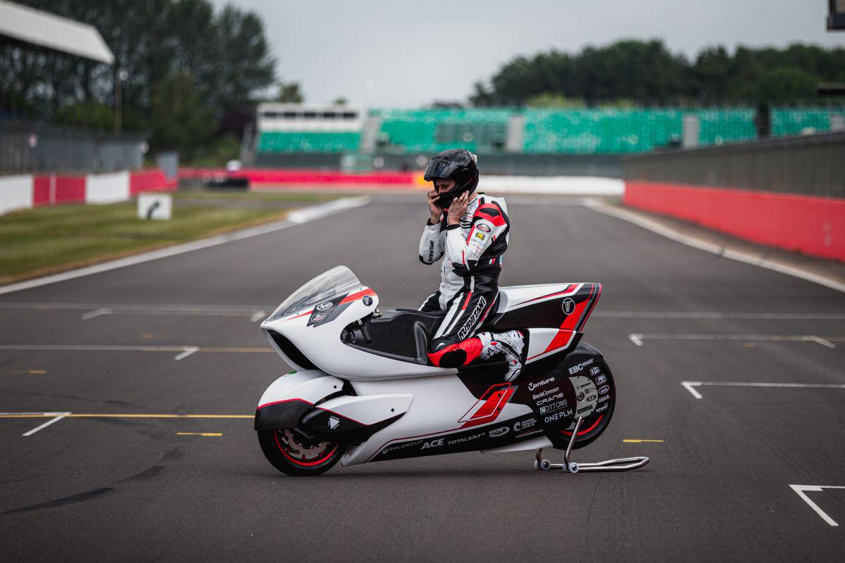 Récord velocidad moto eléctrica