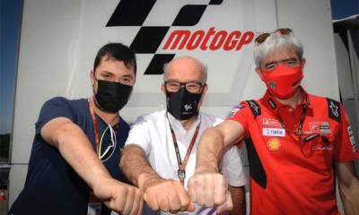 Rossi con Ducati en MotoGP