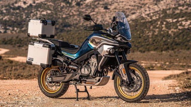 CF Moto 800MT precio